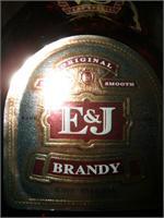 E & J  BRANDY 375ml